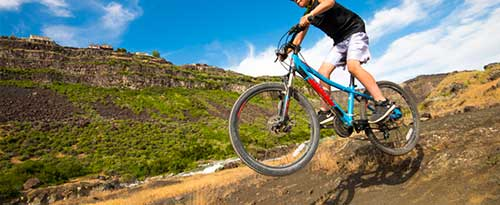 Mountain Biking, Snake River Canyon, near Twin Falls, Idaho